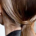 peinado cola de caballo baja