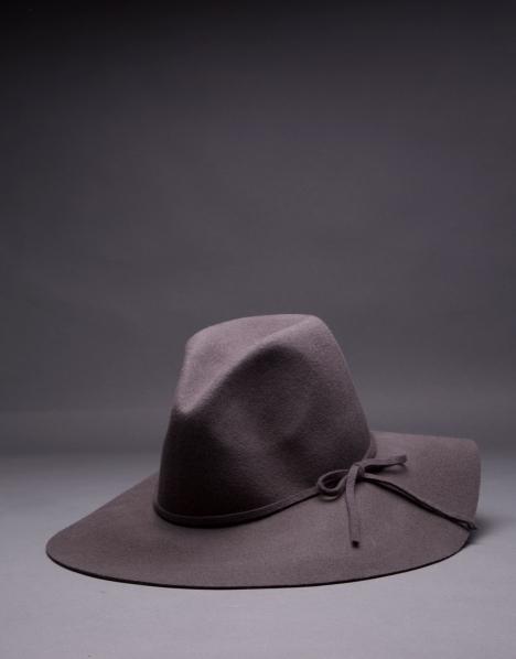 RV sombrero en fieltro gris