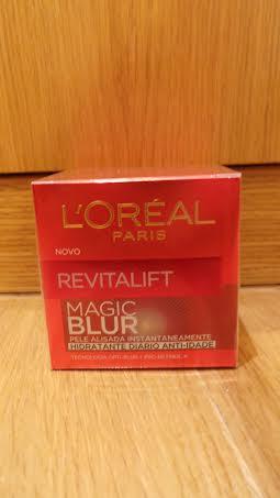Revitalift Magic Blur