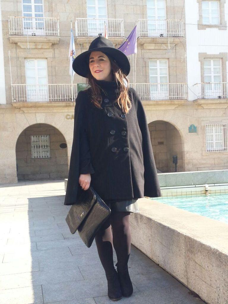sombrero-clutch-roberto-verino-by-chupineta