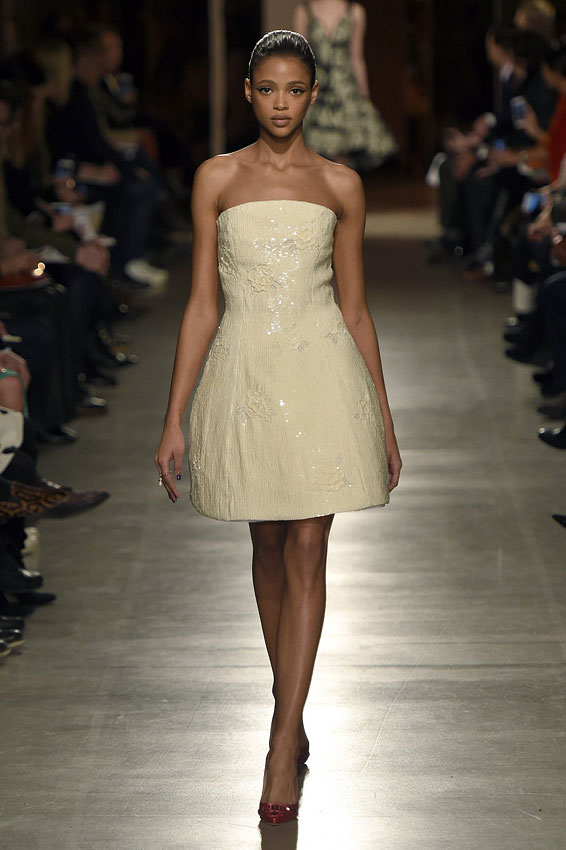 Oscar-de-la-Renta-según-Peter-Copping-by-chupineta